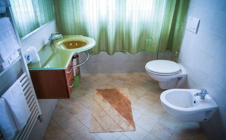 hotel ausonia bagno